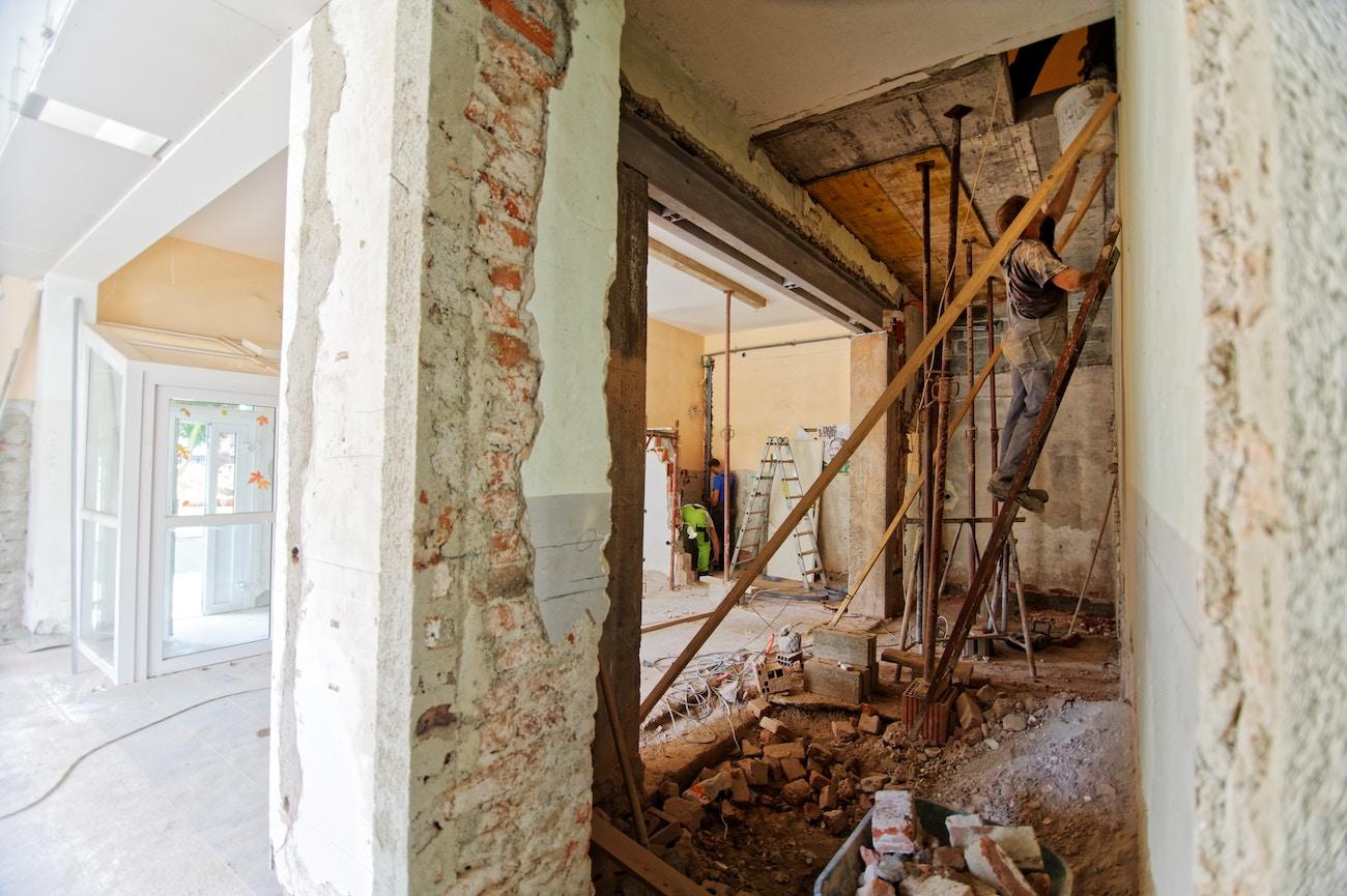 Biaya Jasa Kontraktor Renovasi Rumah Tanjung Selor, Kalimantan Utara